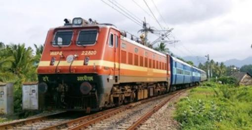 Breaking: নবান্নে এল রেলের চিঠি! পুজোর আগেই লোকাল ট্রেন চালুর সম্ভাবনা